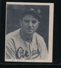 Load image into Gallery viewer, Scan of 1939 Play Ball 94 Heinie Manush G (MK)
