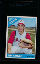 Load image into Gallery viewer, Scan of 1966 Topps 292 Jim Coker G