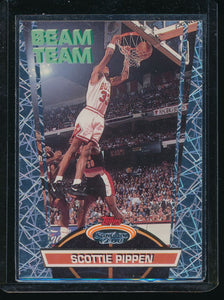 Scan of 1992-93 Topps Stadium Club 5 Scottie Pippen
