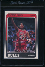 Load image into Gallery viewer, 1988-89 Fleer  20 Scottie Pippen RC  14682