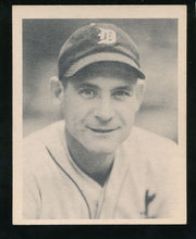 Load image into Gallery viewer, Scan of 1939 Play Ball 80 Pete Fox EX