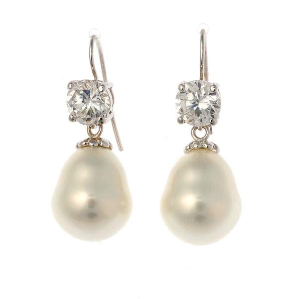 Kali Pearl Earrings