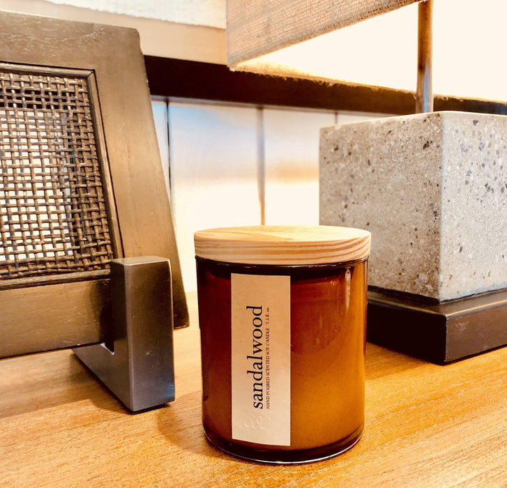 sandalwood scented luxury soy candle - Innovatefy
