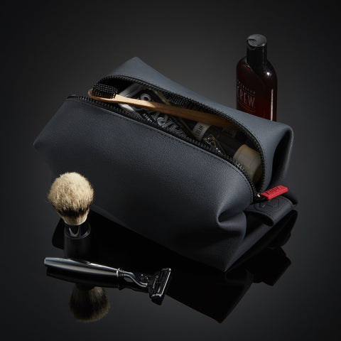 mens-toiletry-bag
