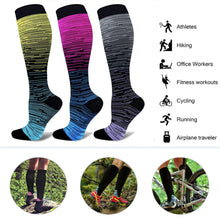 Load image into Gallery viewer, Outdoor Gradient Compression Socks