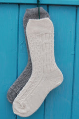 Alpaca Cable Bed Socks