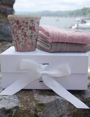 Alpaca Bed Socks & Candle Gift Set