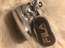 Load image into Gallery viewer, FILA boy shoes