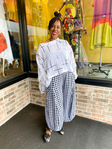 Lola, Team Essential Elements Chicago styled in SS21 Ralston