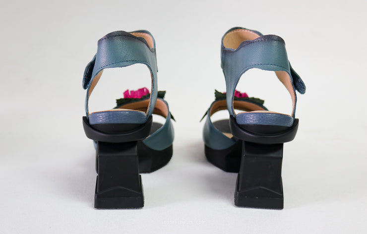 Spring Step Believe Sandal - Essential Elements Chicago