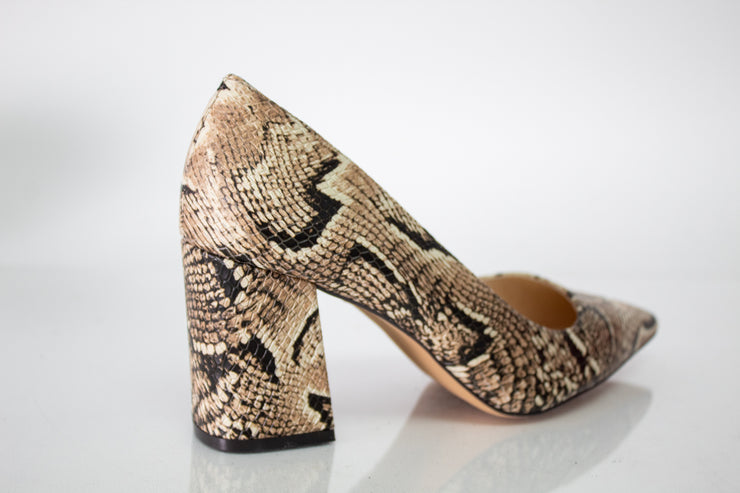 Vince Camuto Frittam Pump