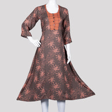 Load image into Gallery viewer, Terracotta Printed Kurthi