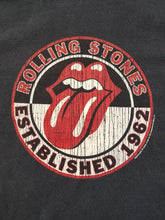 Load image into Gallery viewer, Mens 2004 Rolling Rolling Stones Tshirt Size Large-Black