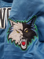Vintage Mens Starter Minnesota Timberwolves Satin Jacket Size Medium-Blue