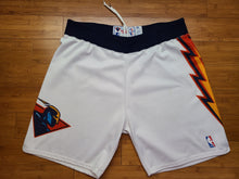 Load image into Gallery viewer, Vintage Mens Starter Golden State Warriors Authentic Game Issued Shorts Size 38-White