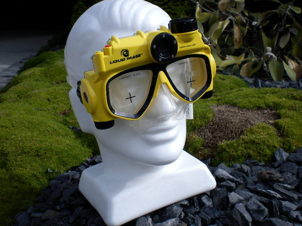 Video camera dive mask