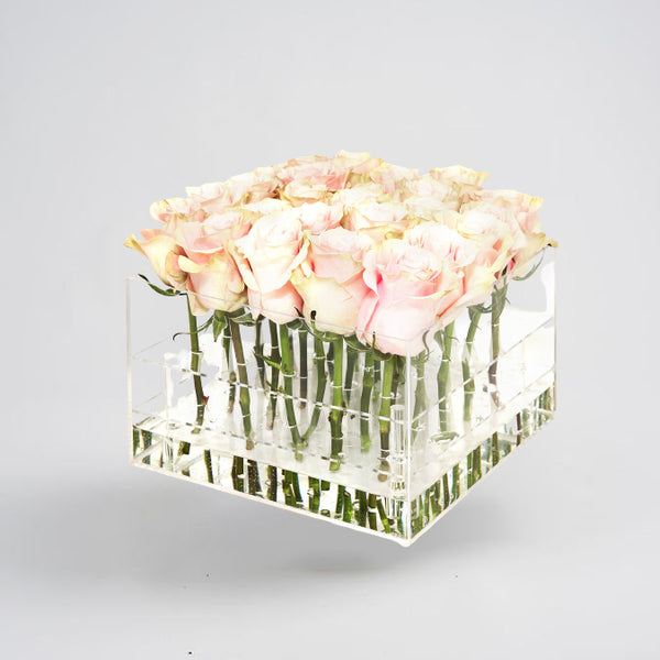 Soft Pink Boxed Roses