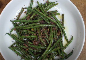 Green Beans with Olive Tapenade