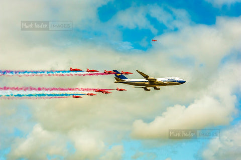 BOAC JUMBO JET AND THE RED ARROWS BRITISH ICONS 4 - markfowlerimages.com