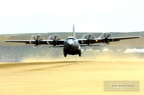 HERCULES C130J OPERATING SAUNTON SANDS III - markfowlerimages.com