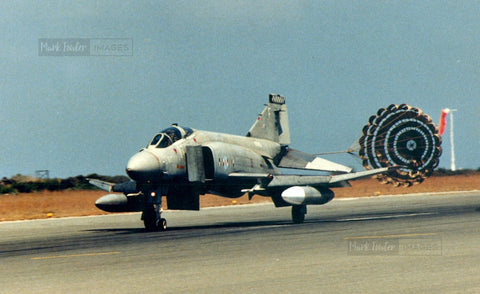 Phantom F-4 Landing - markfowlerimages.com