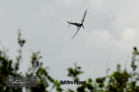 Spitfire Low Flypast - markfowlerimages.com