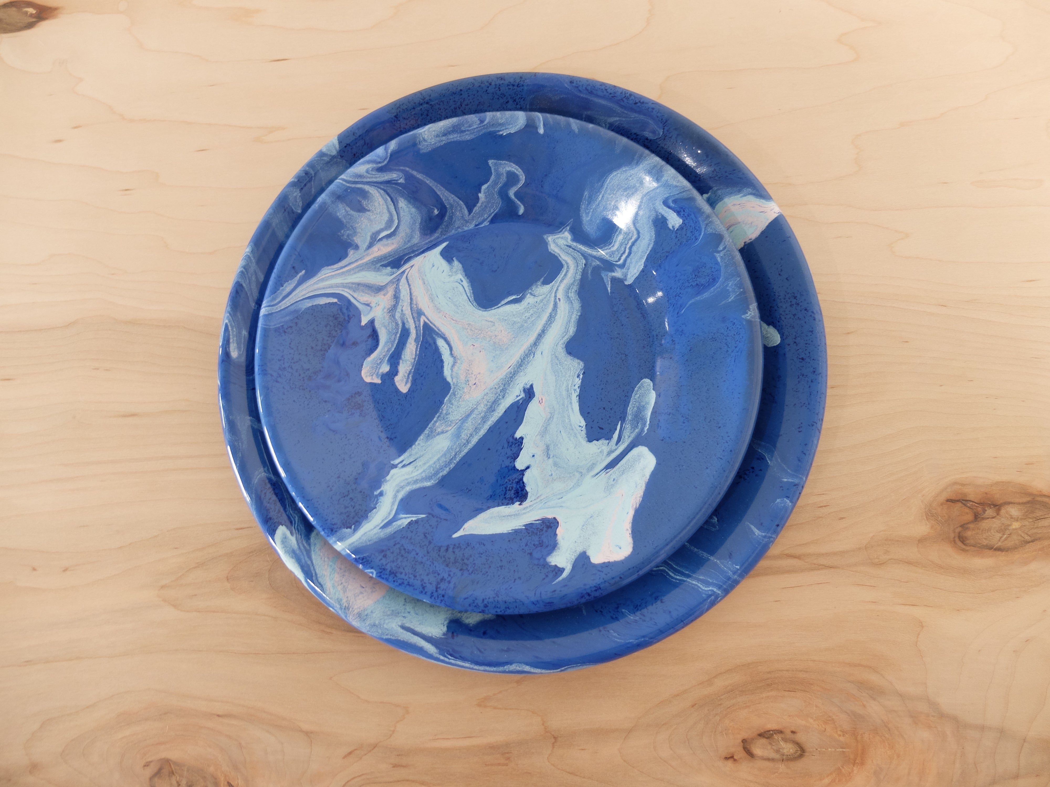 Bornn Multi Swirl Lunch Plate in Cobalt