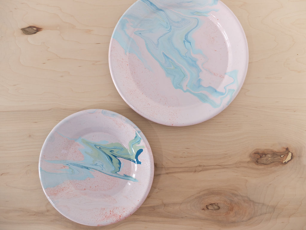 Bornn Multi Swirl Dinner Plate in Blush
