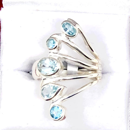 Stunning Blue Topaz Ring in Sterling Silver
