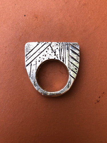 NEW HORIZON RING