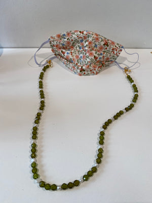 The Dewdrop Shop Beaded Mask / Sunglasses Chain