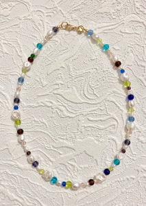 The Dewdrop Shop Pearl & Bright Glass Choker