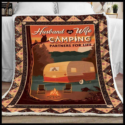 Camping - Husband and Wife - 2