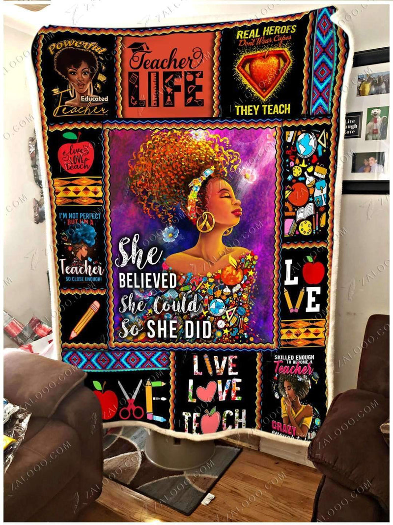BLACK - TEACHER - She believed she could so she did Quilt Blanket EP1727