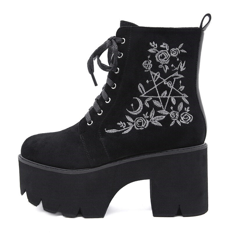 The Craft Platform Boots - ALTERBABE Shop Grunge, E-girl, Gothic, Goth, Dark Academia, Soft Girl, Nu-Goth, Aesthetic, Alternative Fashion, Clothing, Accessories, Footwear