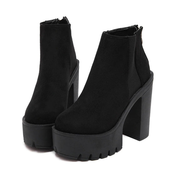 Chunky Chelsea Boots - ALTERBABE Shop Grunge, E-girl, Gothic, Goth, Dark Academia, Soft Girl, Nu-Goth, Aesthetic, Alternative Fashion, Clothing, Accessories, Footwear