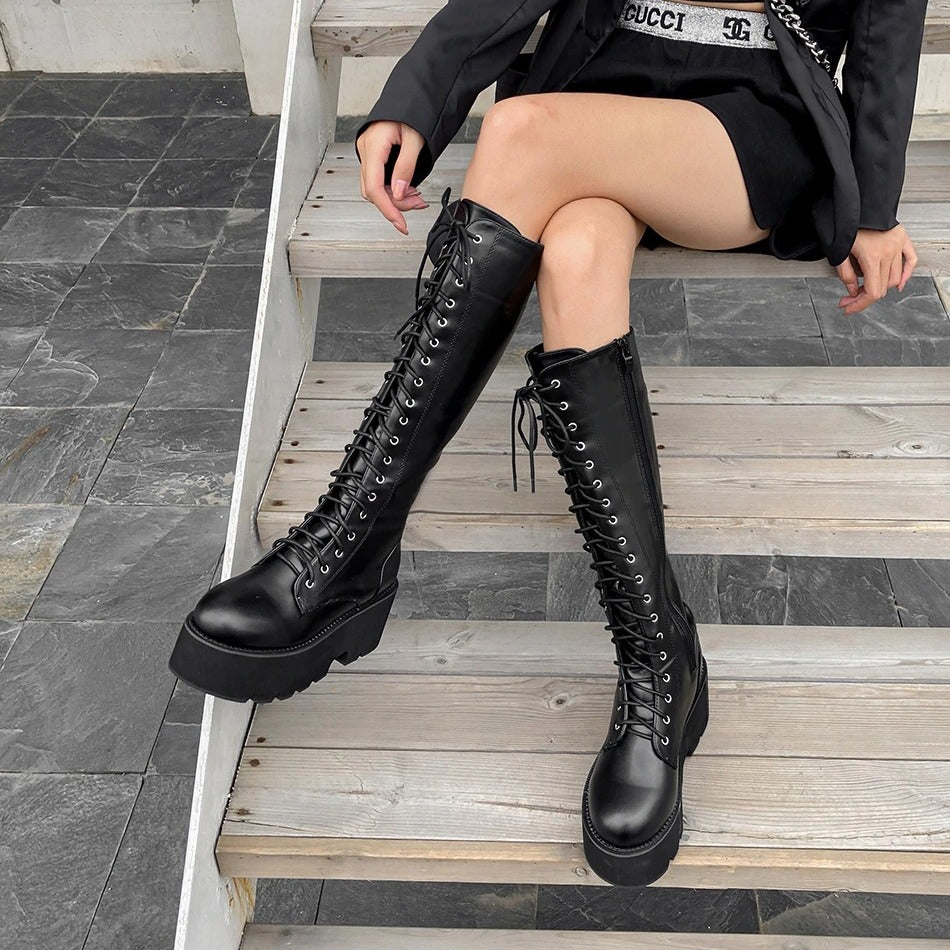 Stomp You Out Platform Boots - ALTERBABE Shop Grunge, E-girl, Gothic, Goth, Dark Academia, Soft Girl, Nu-Goth, Aesthetic, Alternative Fashion, Clothing, Accessories, Footwear