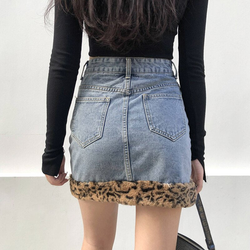 Purrfect Day Mini Skirt - ALTERBABE Shop Grunge, E-girl, Gothic, Goth, Dark Academia, Soft Girl, Nu-Goth, Aesthetic, Alternative Fashion, Clothing, Accessories, Footwear