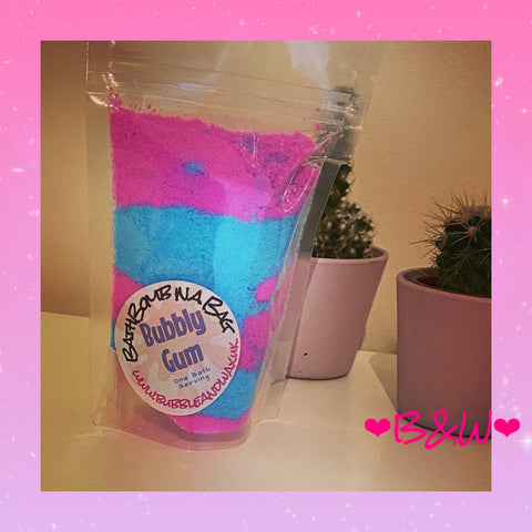 Bubbly gum Bath Bomb in a bag