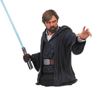 DIAMOND SELECT TOYS Star Wars: The Last Jedi: Luke Skywalker Resin Bust - Garrison City Toy Work's
