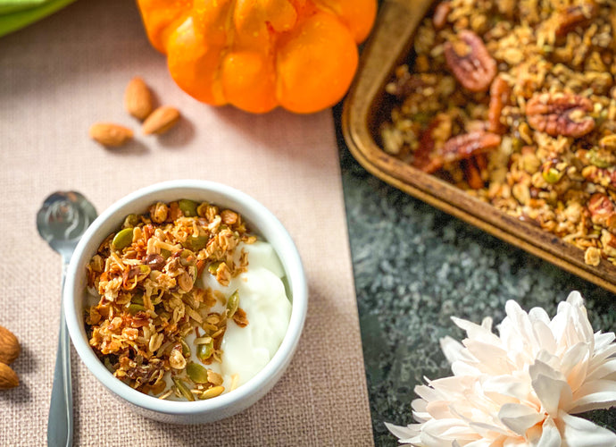 VANILLA CHAI AND PECAN GRANOLA
