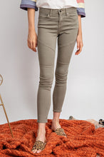 Load image into Gallery viewer, Olive Or Twist Moto Jeans