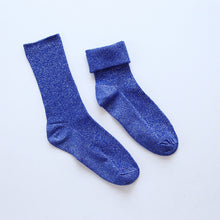 Load image into Gallery viewer, eTya 2019 Autumn Winter Fashion Sequins Socks For Women Teenager Girl Female Student Casual  Shiny Cotton Art Short Socks Sox