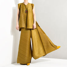 Load image into Gallery viewer, LANMREM 2019 Summer New Fashion Temperament Women Loose Plus Casual Pleated Sleeveless Vest Loose Wide Leg Pants Suit TC194