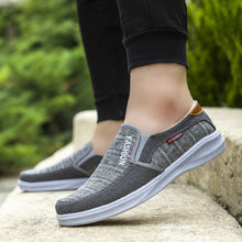 Load image into Gallery viewer, Dad shoes new soft bottom breathable casual shoes old Beijing men's shoes low shoes