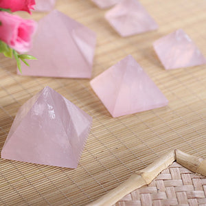New 20-40mm Natural Rose Quartz Pyramid Stone Crystal Feng Shui