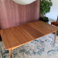Load image into Gallery viewer, Vintage Walnut Extendable Dining Table