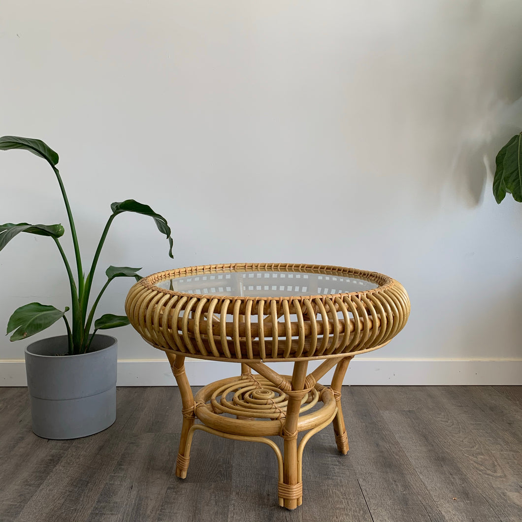 Rattan Round Table