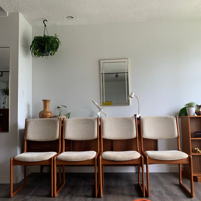 Set of 4 Teak Dining Chairs by Benny Linden