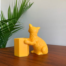 Load image into Gallery viewer, Vintage Yellow Cat Pencil Holder
